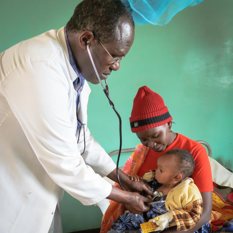 Dr. Th. Bayo, Chefarzt HC Enda (ES)  141031259
